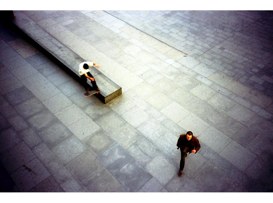 http://www.andresflajszer.com/files/gimgs/26_11-skate-a_v2.jpg